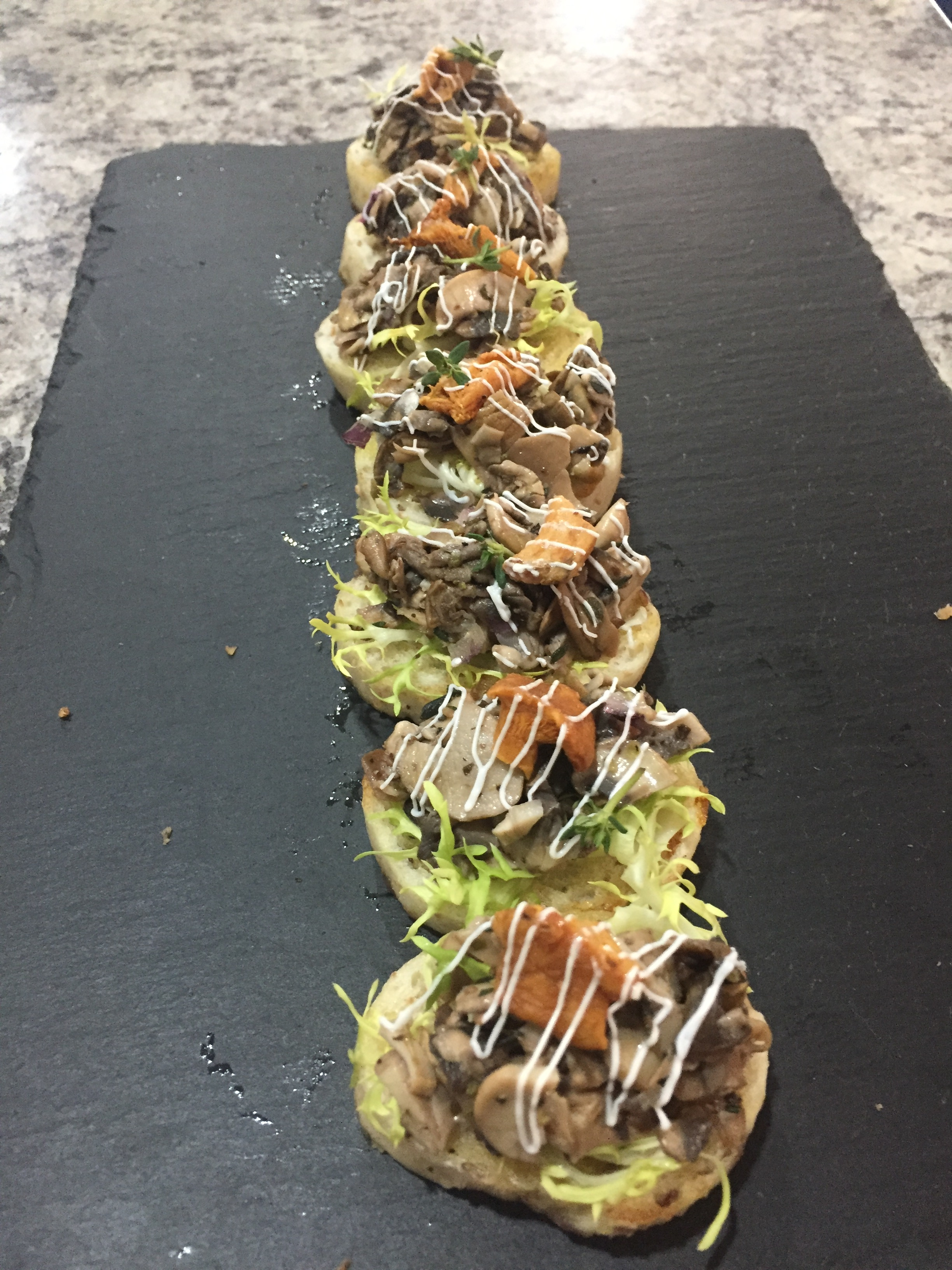 Canapes-Wild-Mushrooms-Vegan-Bruschetta