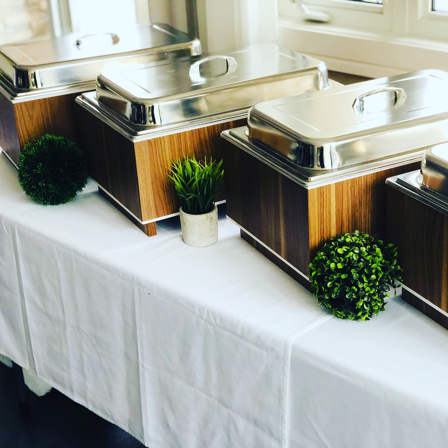 wooden chafers - Catering Service in Mississauga